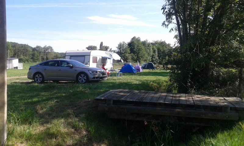 Aire camping-car à Lespielle (64350) - Photo 3